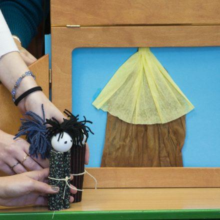 Angol meseprojekt-foglalkozás (Winchester Tale Project) a Karolina Katolikus Általános Iskolában