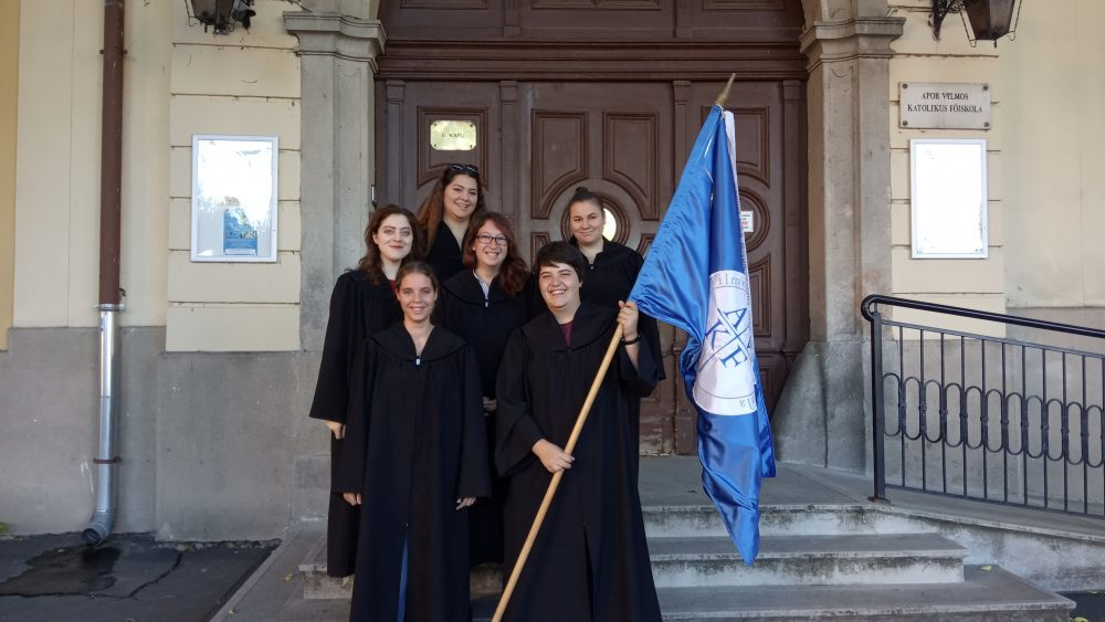 Hallgatóink is képviselték a főiskolát a váci Hétkápolnai búcsún.